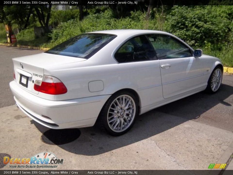 BMW 3 series 330i 2003 photo - 3