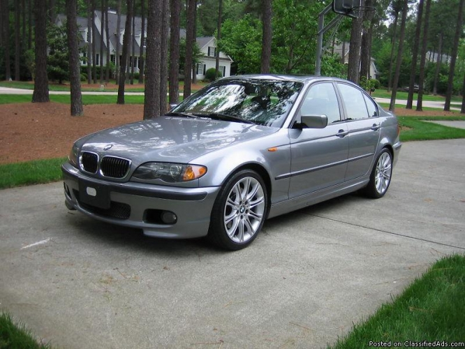 BMW 3 series 330i 2004 photo - 11