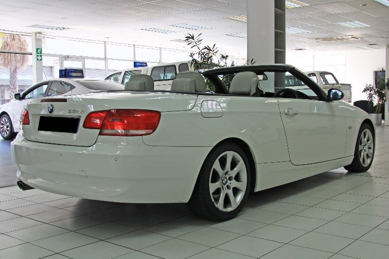 BMW 3 series 330i 2008 photo - 1