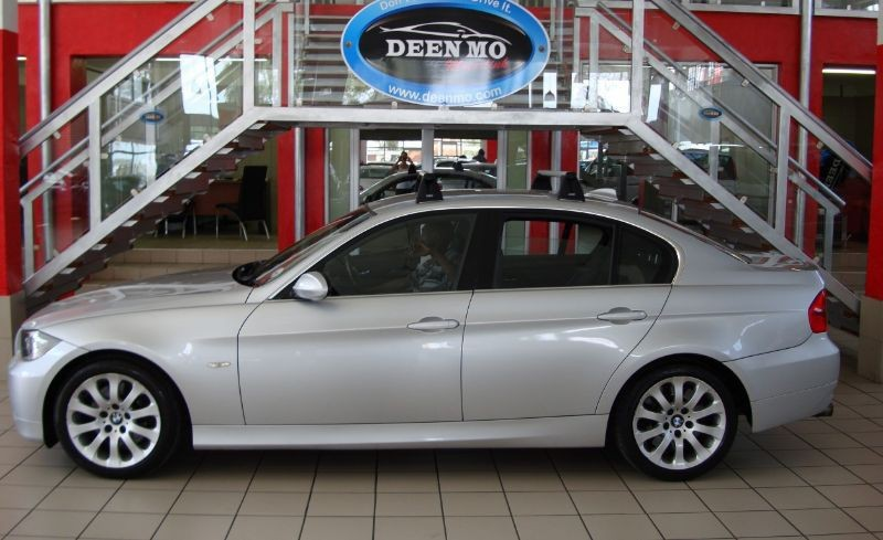 BMW 3 series 330i 2008 photo - 10