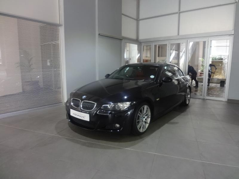 BMW 3 series 330i 2008 photo - 11
