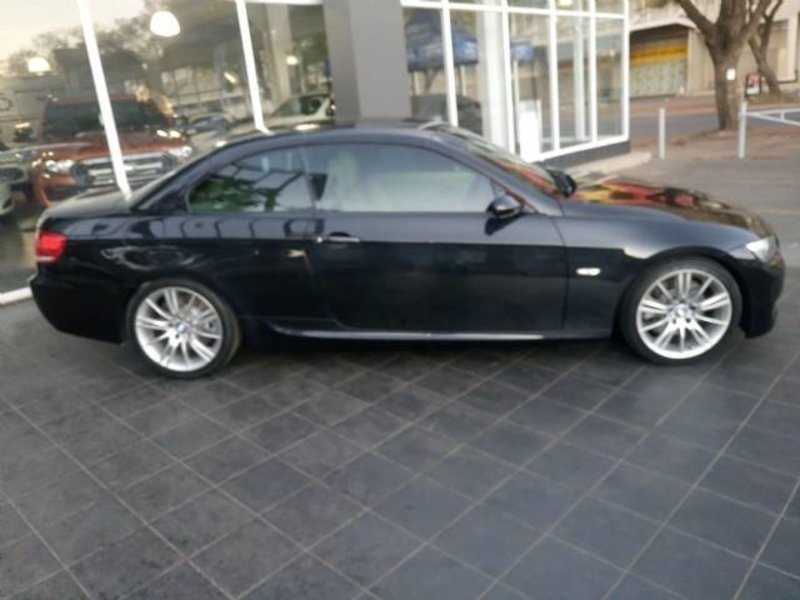BMW 3 series 330i 2009 photo - 10