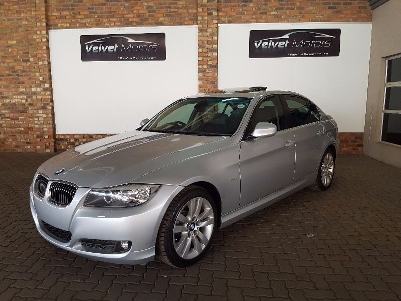 BMW 3 series 330i 2009 photo - 2