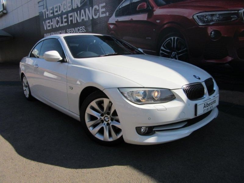 BMW 3 series 330i 2010 photo - 5