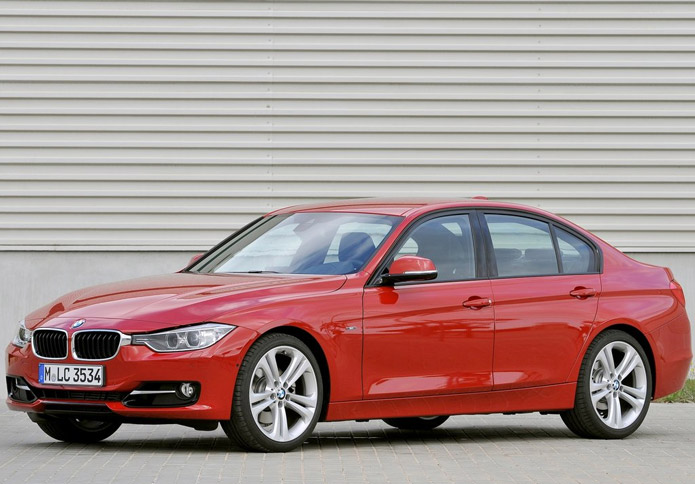 BMW 3 series 330i 2013 photo - 10