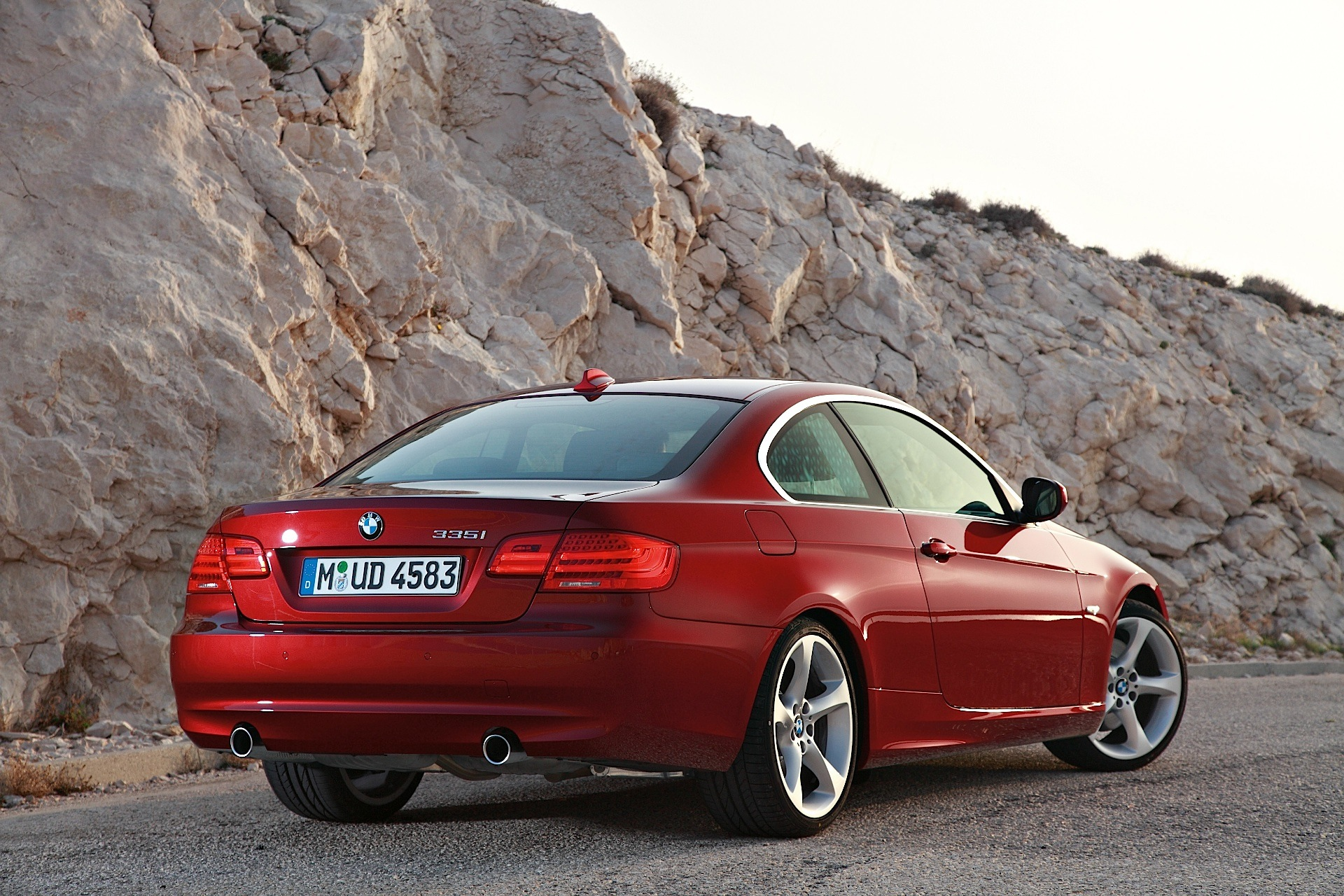 BMW 3 series 330i 2013 photo - 11