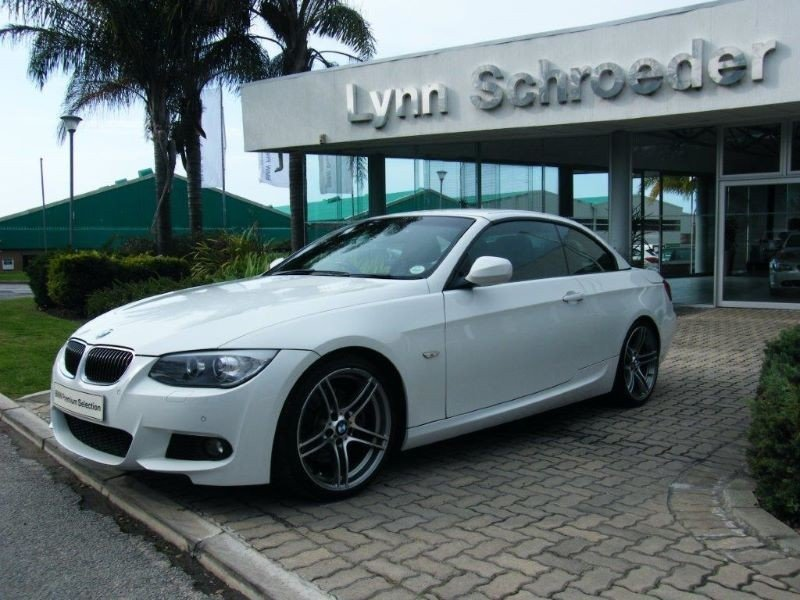 BMW 3 series 330i 2013 photo - 2