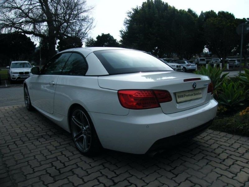 BMW 3 series 330i 2013 photo - 3