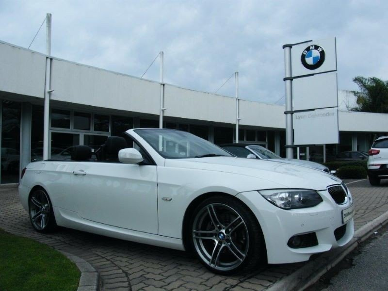 BMW 3 series 330i 2013 photo - 4