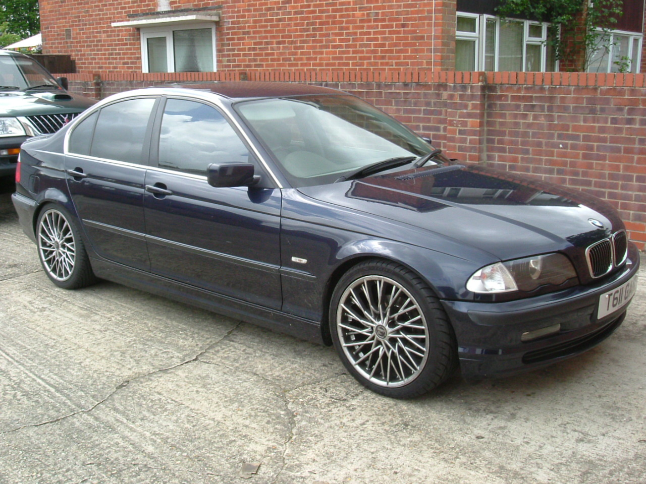 BMW 3 series 330xi 2000 photo - 4