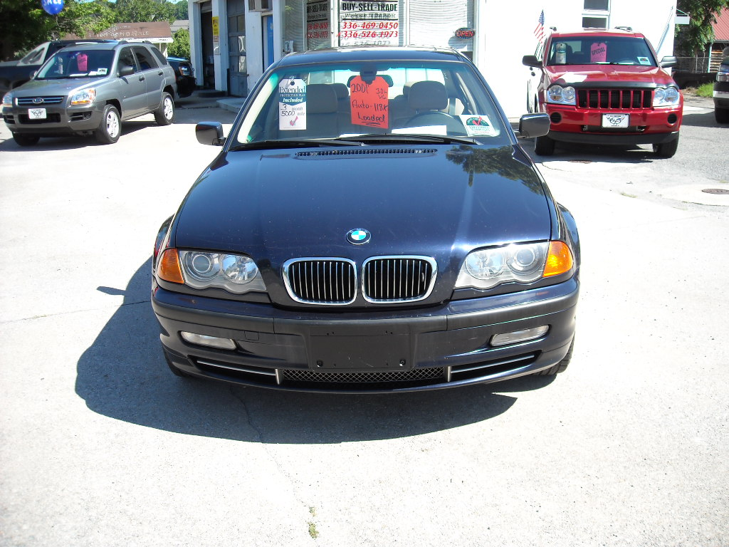 BMW 3 series 330xi 2001 photo - 12