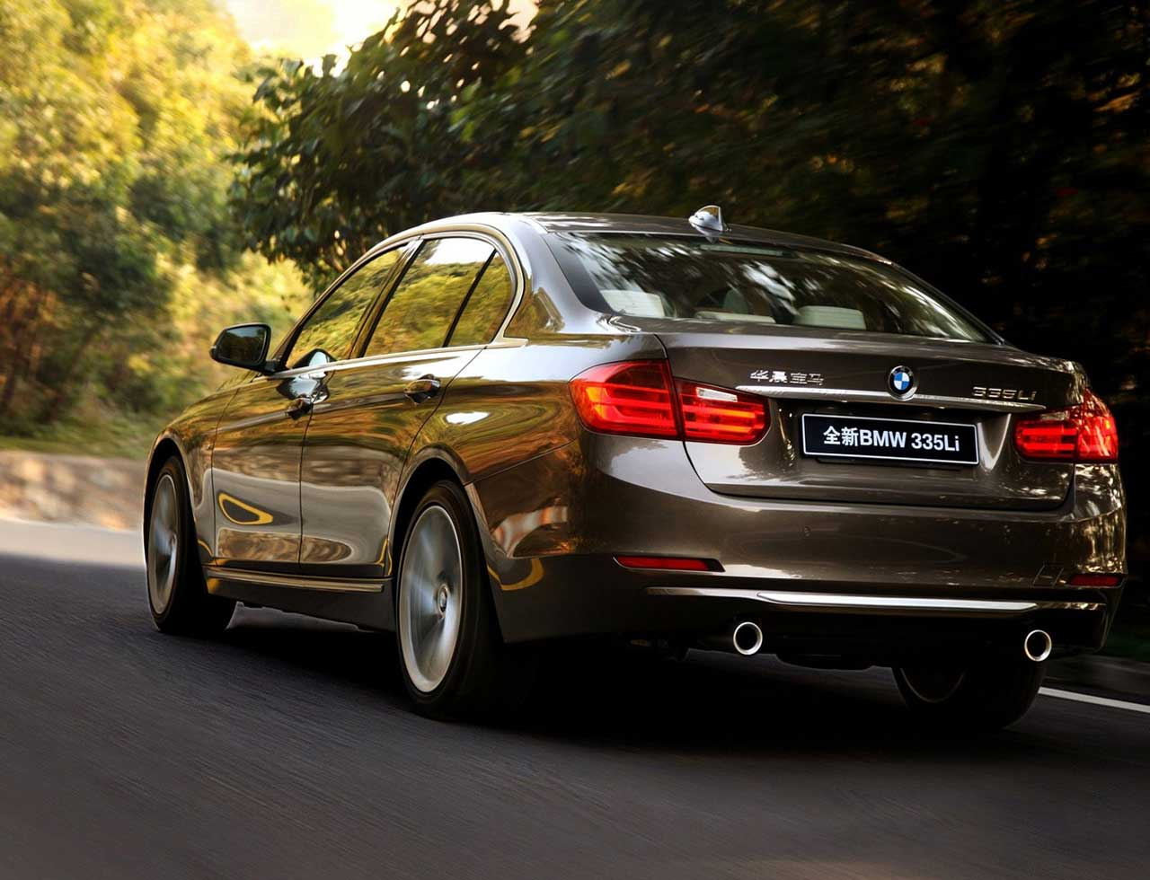BMW 3 series 335i 2013 photo - 11