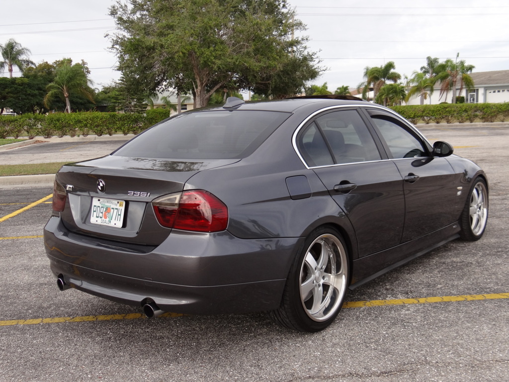BMW 3 series 335is 2008 photo - 2