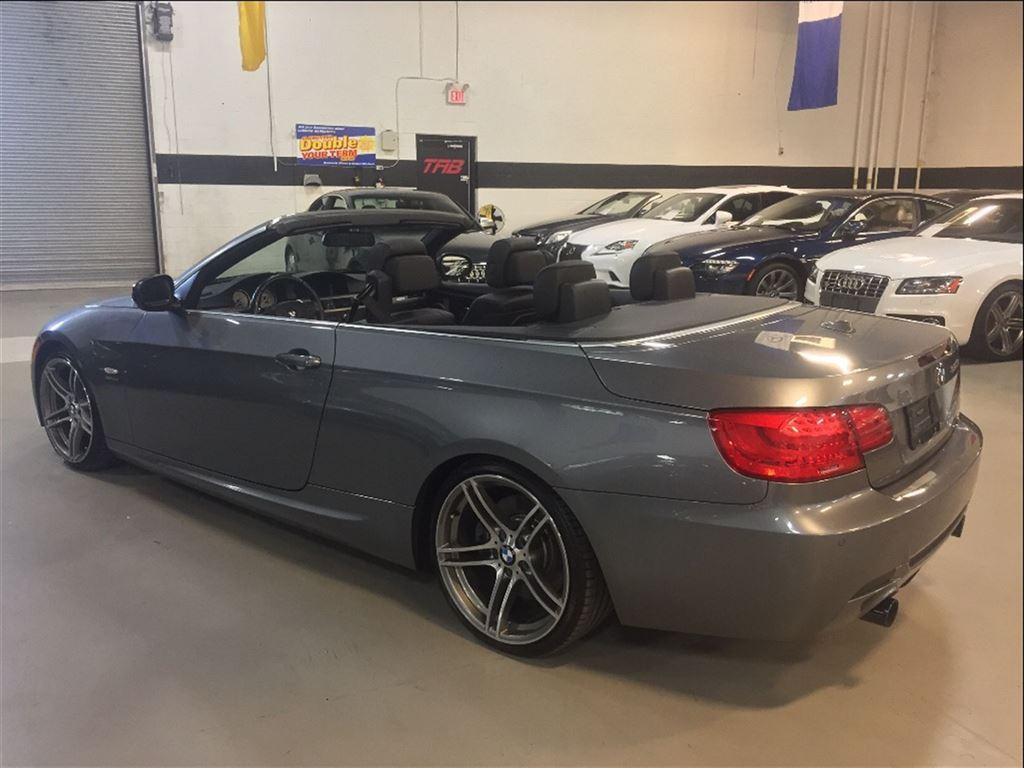 BMW 3 series 335is 2011 photo - 11