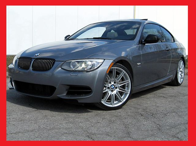 BMW 3 series 335is 2011 photo - 2