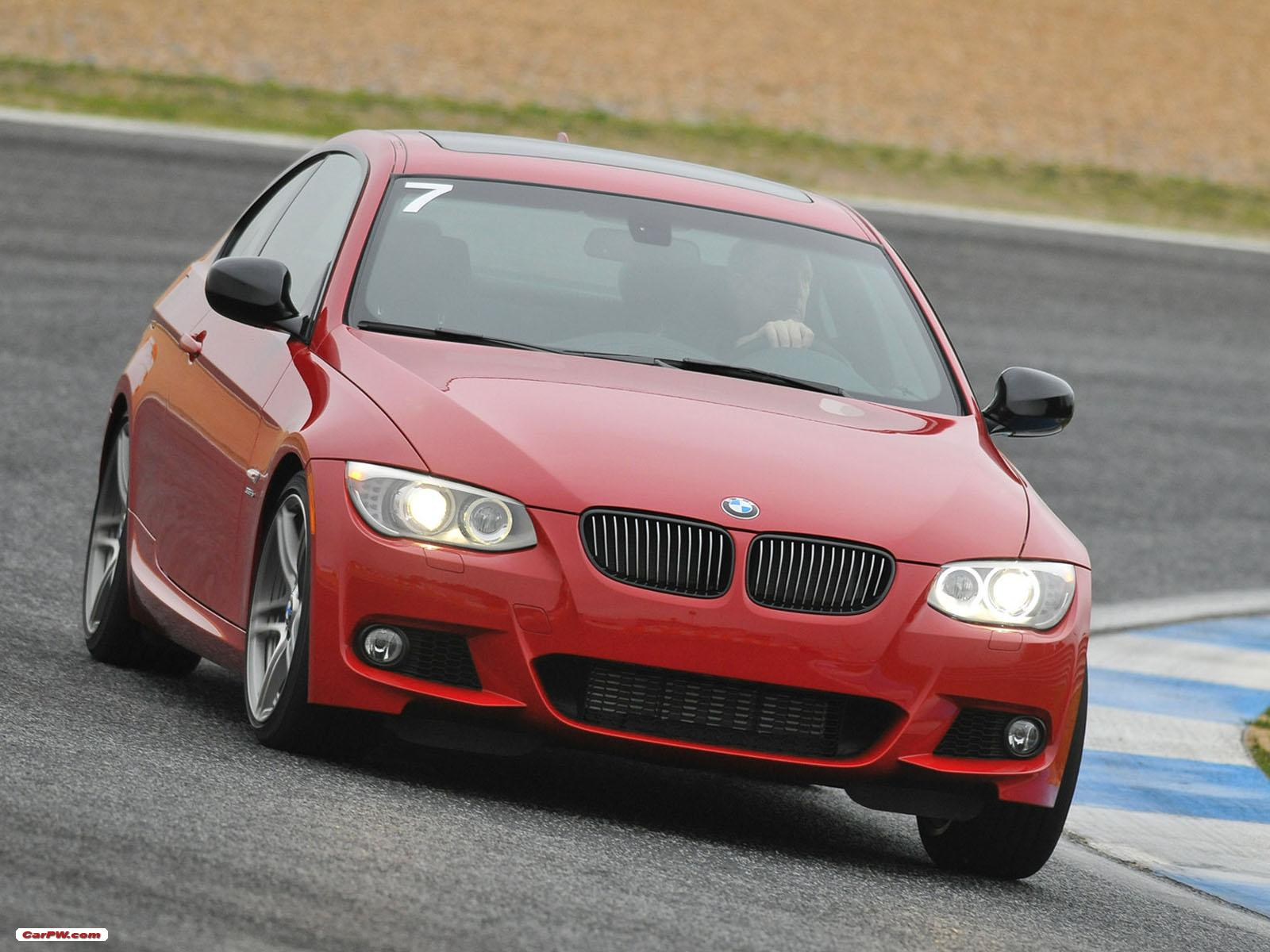 BMW 3 series 335is 2011 photo - 3