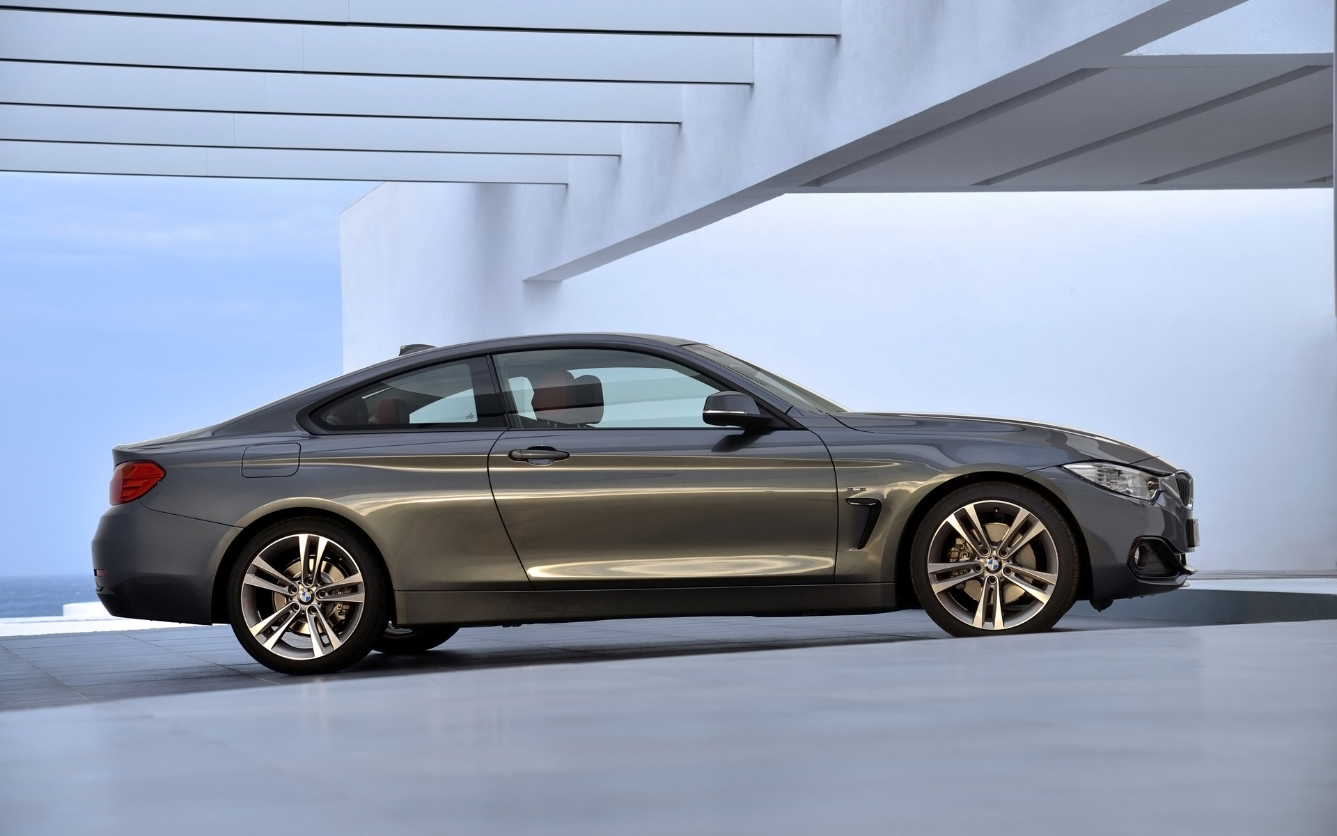 BMW 4 series 418d 2013 photo - 6