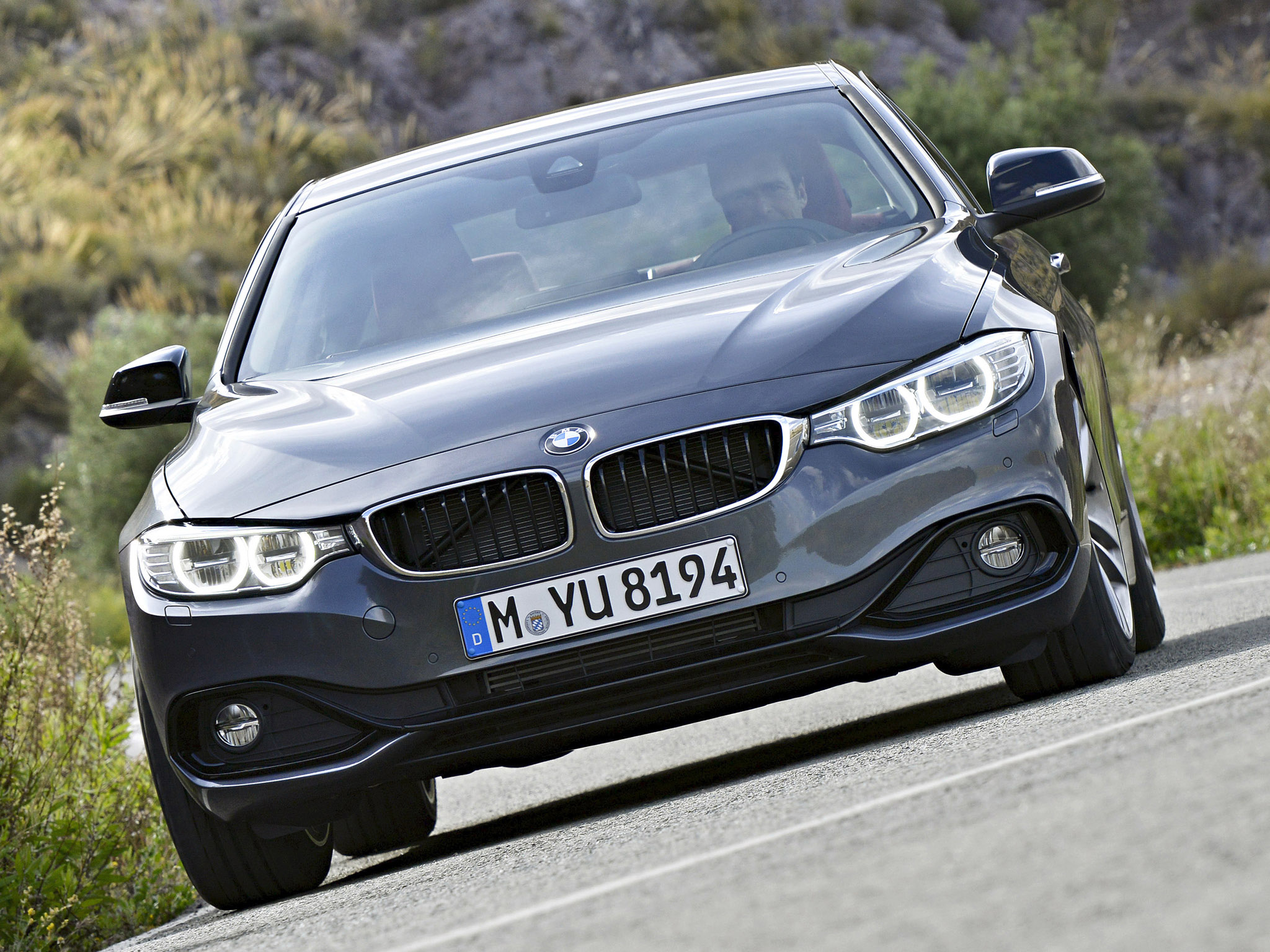 BMW 4 series 420d 2013 photo - 4