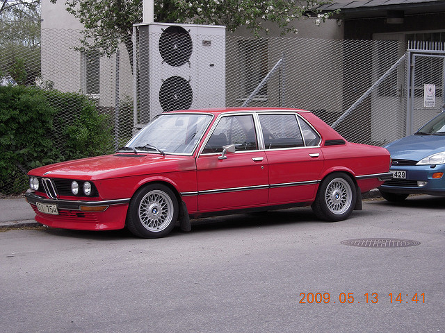 BMW 5 series 518 1975 photo - 4