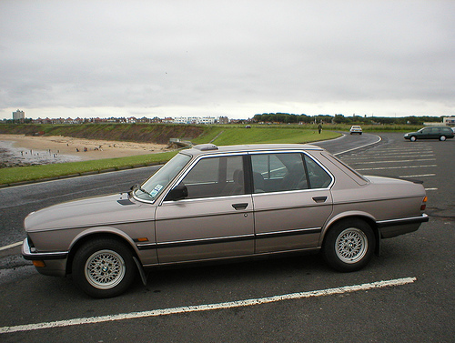 BMW 5 series 518 1988 photo - 10