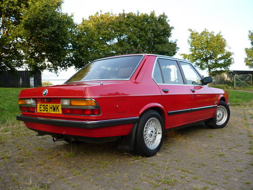 BMW 5 series 518 1988 photo - 3