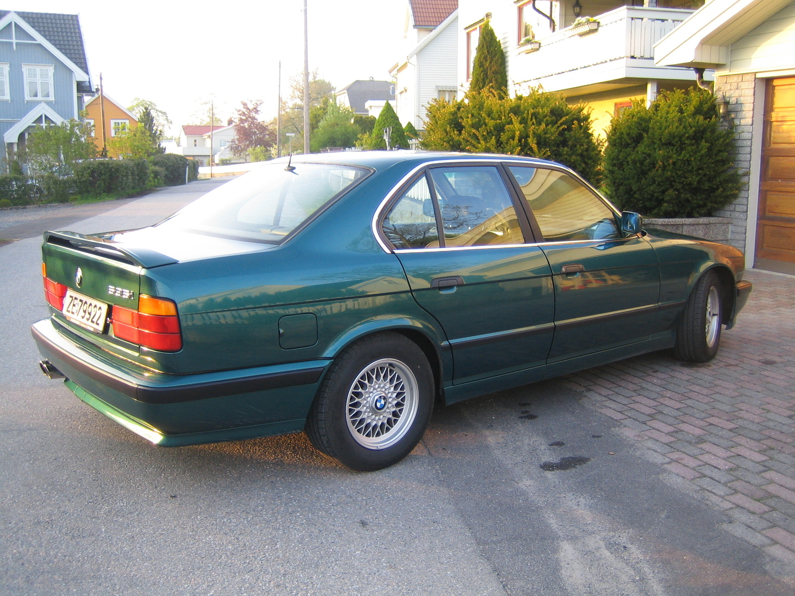 BMW 5 series 518i 1992 photo - 10