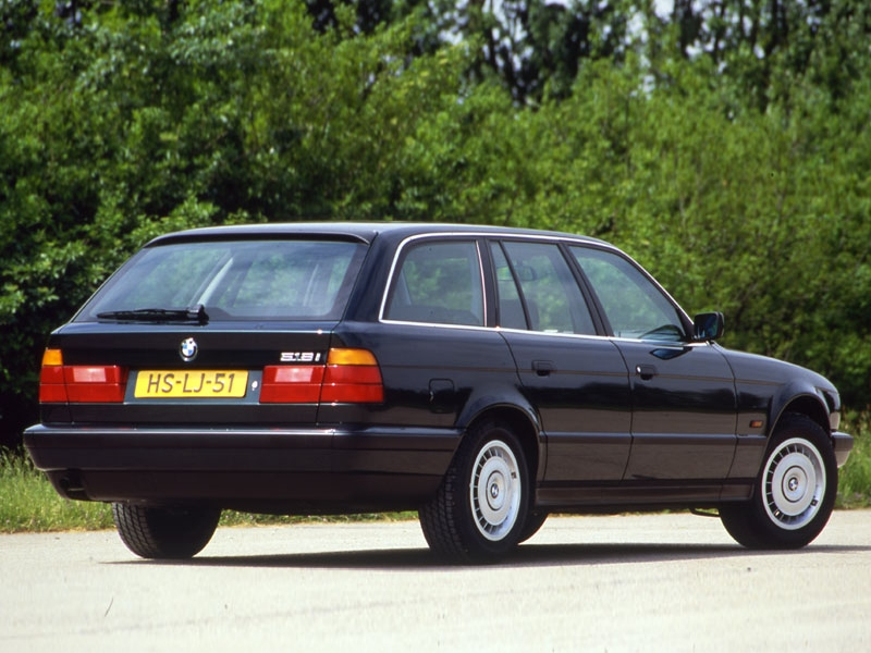 BMW 5 series 518i 1992 photo - 6