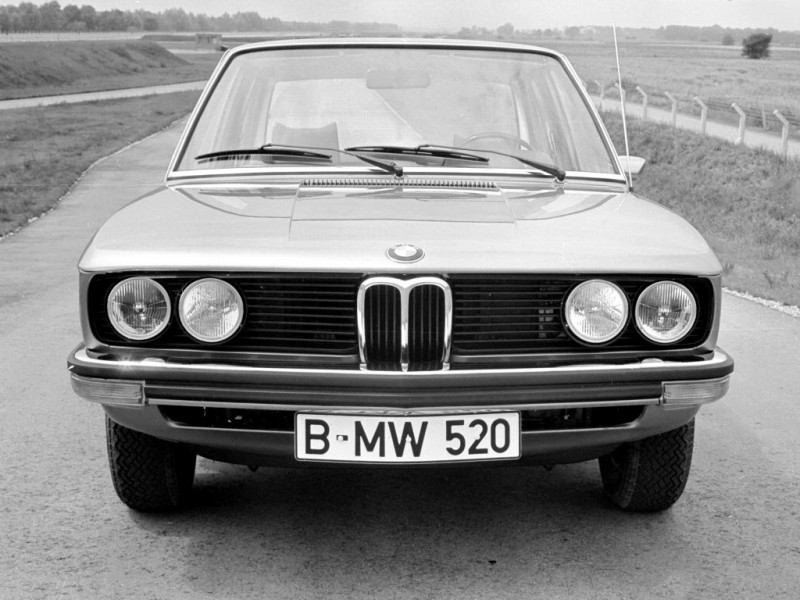 BMW 5 series 520 1973 photo - 12