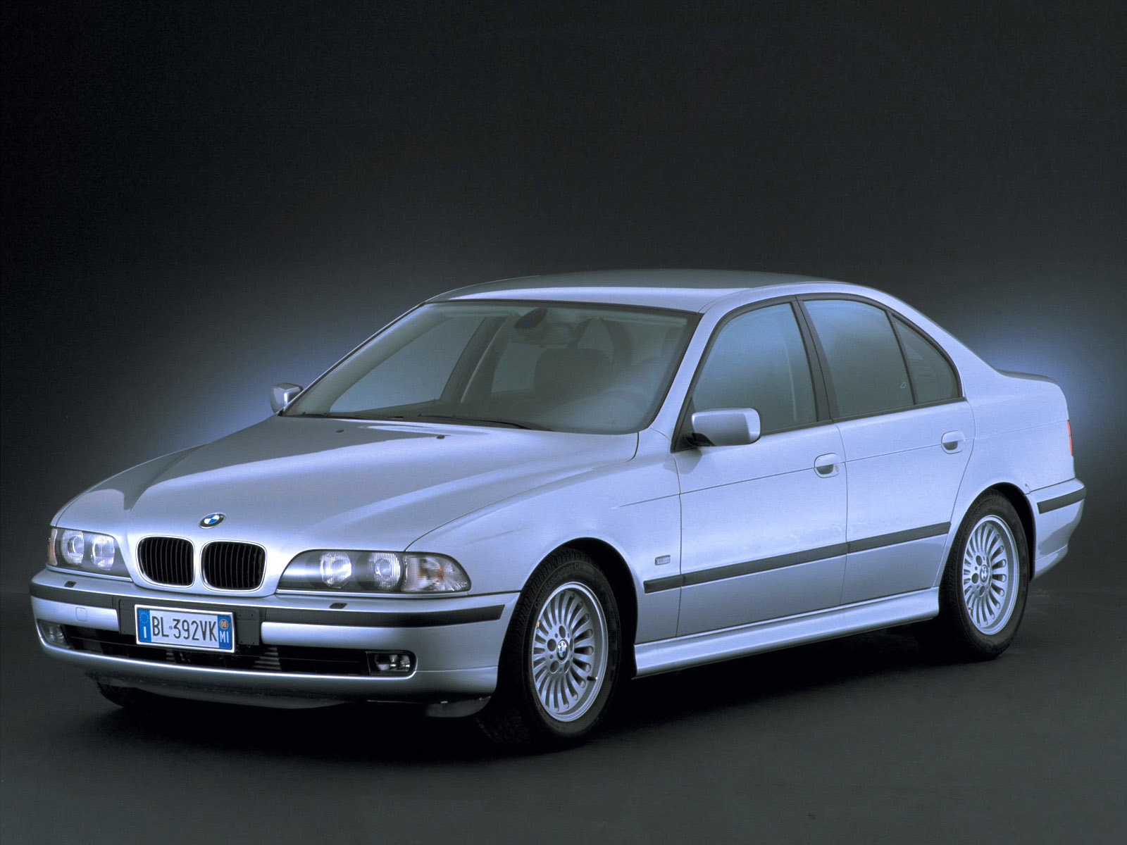 BMW 5 series 520d 2000 photo - 1