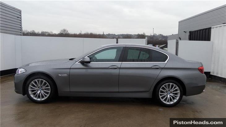 BMW 5 series 520d 2000 photo - 12