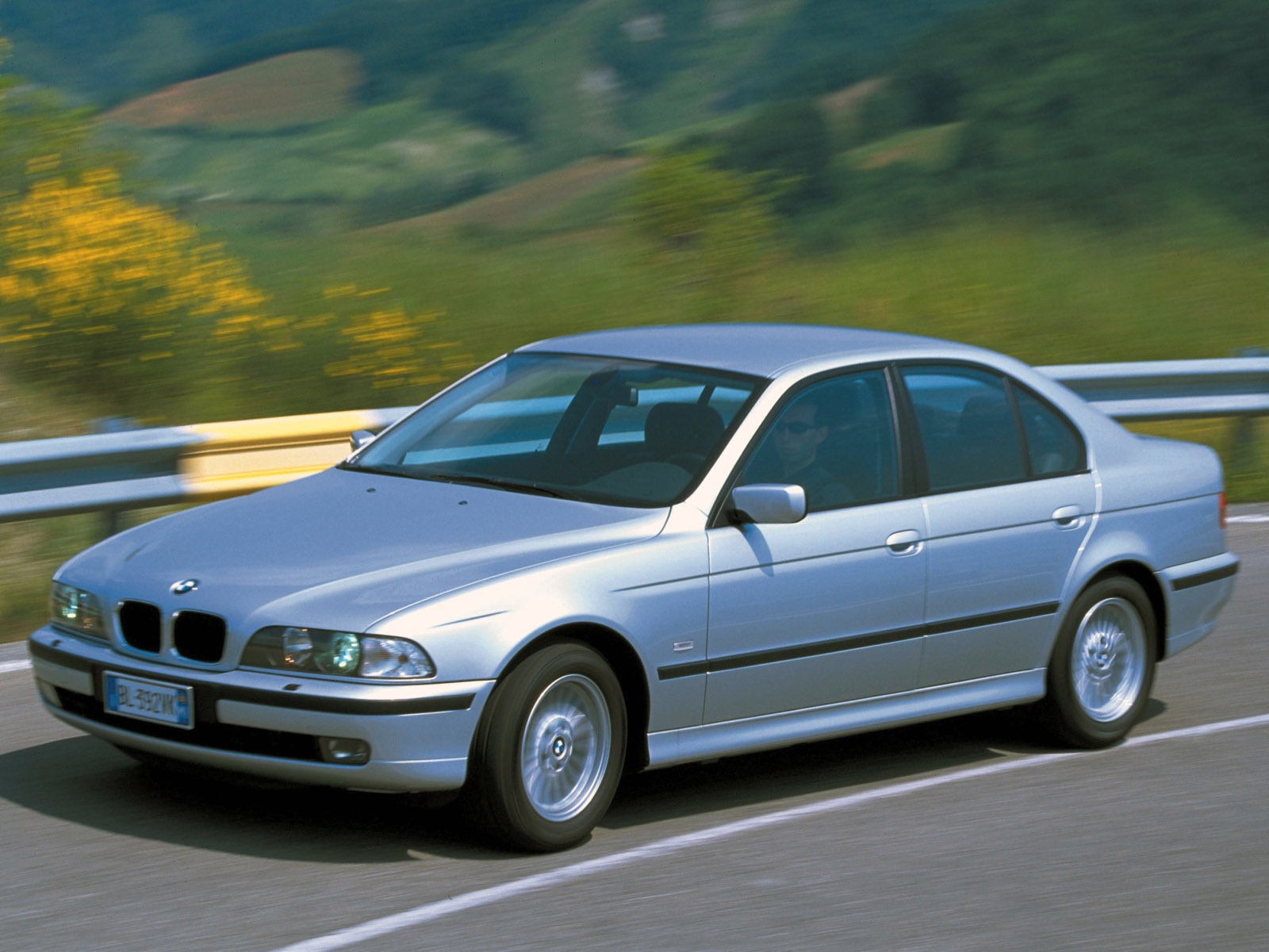 BMW 5 series 520d 2000 photo - 4