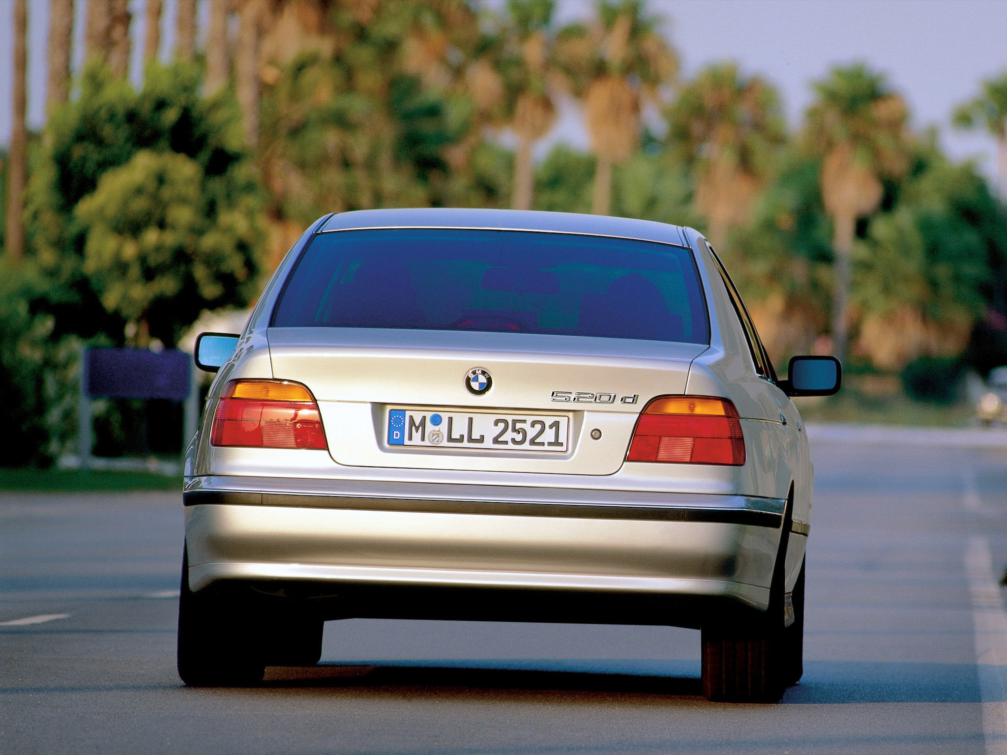 BMW 5 series 520d 2000 photo - 6