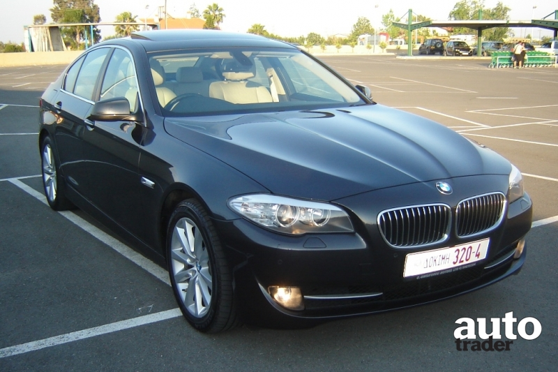 BMW 5 series 520d 2011 photo - 1