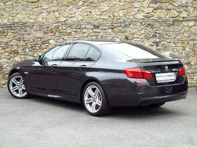 BMW 5 series 520d 2011 photo - 2