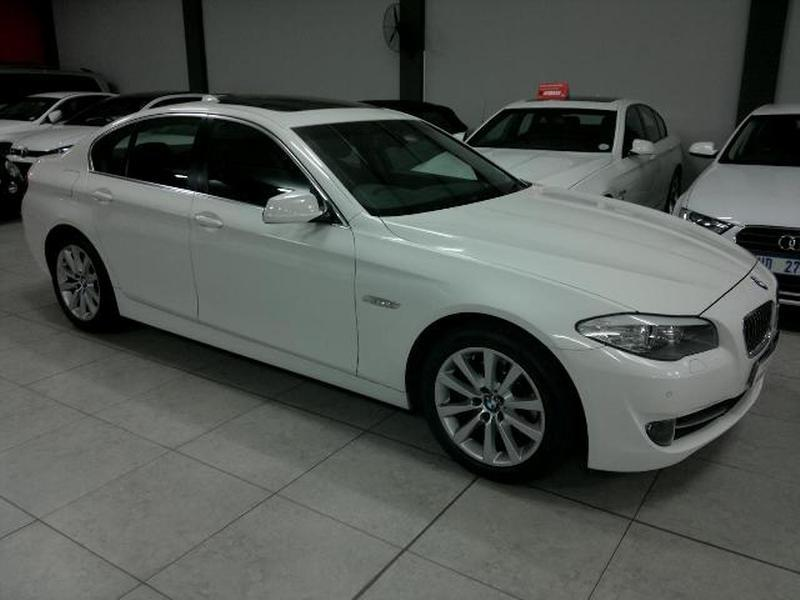 BMW 5 series 520d 2011 photo - 6