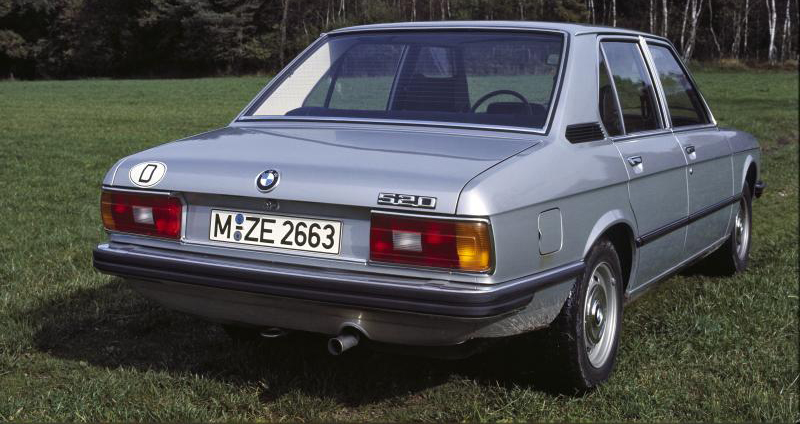 BMW 5 series 520i 1972 photo - 1