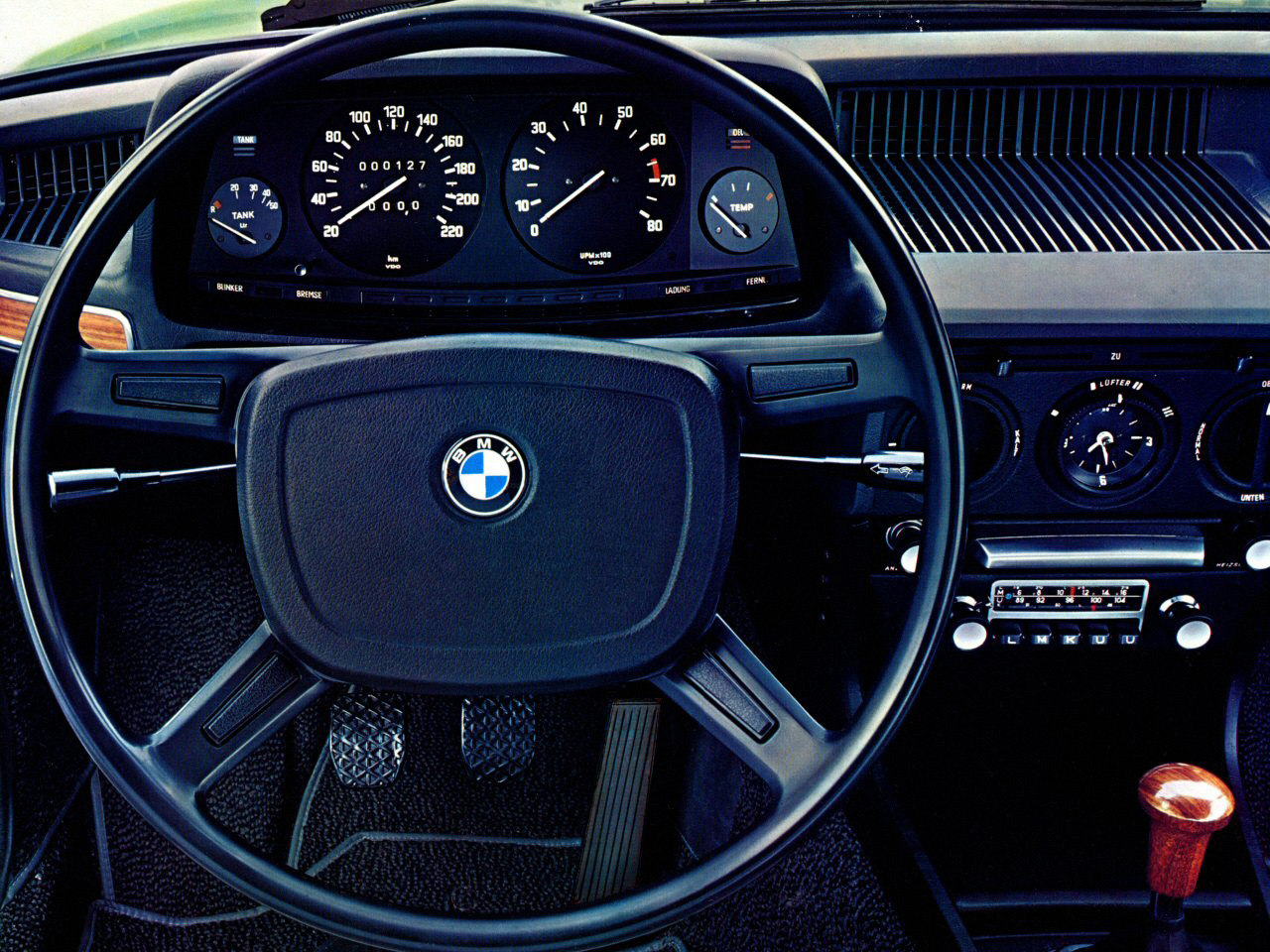 BMW 5 series 520i 1972 photo - 12