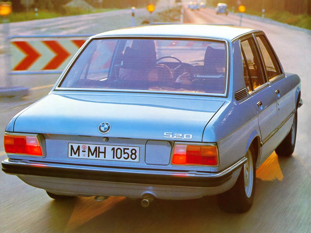 BMW 5 series 520i 1972 photo - 5