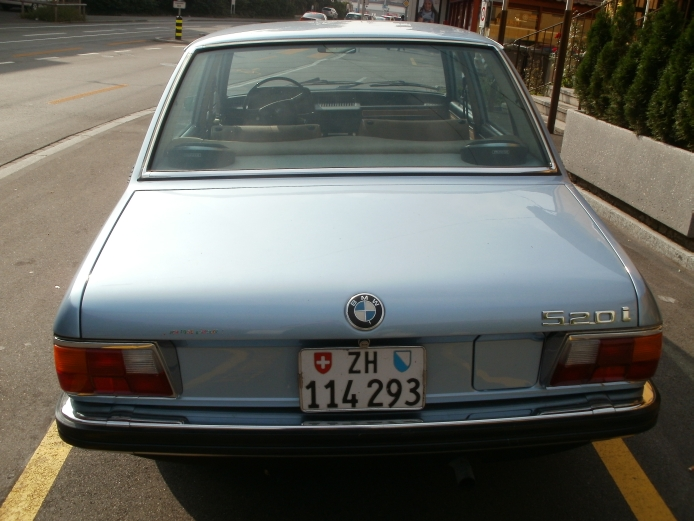 BMW 5 series 520i 1972 photo - 7