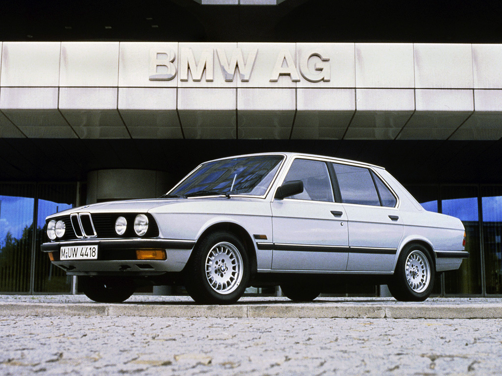 BMW 5 series 520i 1981 photo - 1