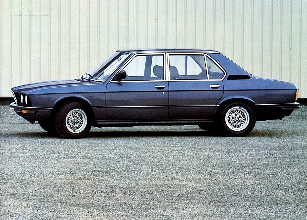 BMW 5 series 520i 1981 photo - 4