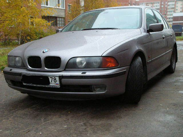 BMW 5 series 523i 1997 photo - 4