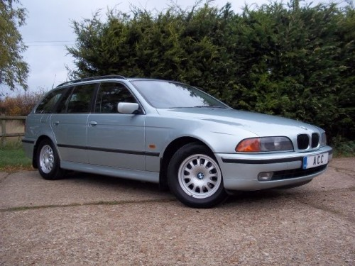 BMW 5 series 523i 1998 photo - 5