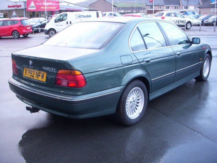 BMW 5 series 523i 1999 photo - 11