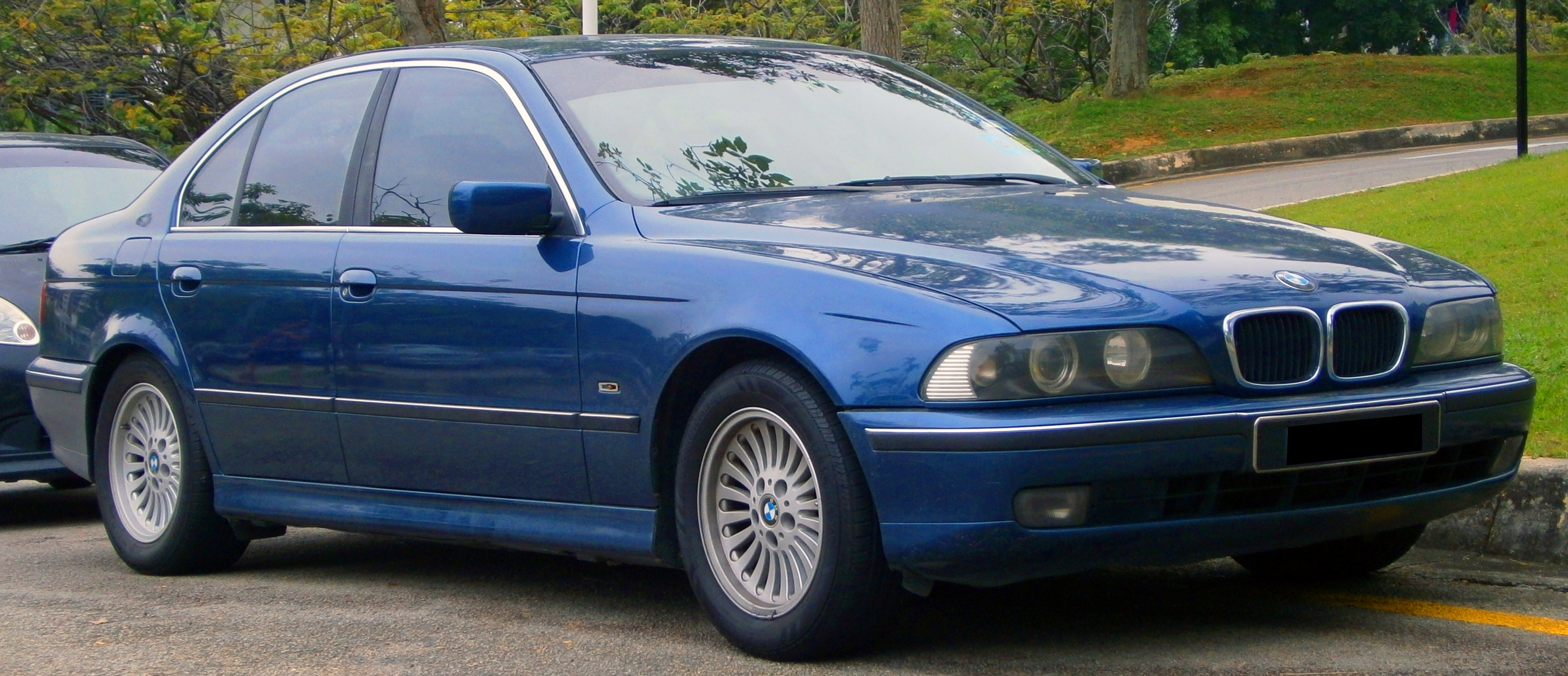 BMW 5 series 523i 1999 photo - 2