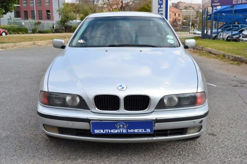 BMW 5 series 523i 1999 photo - 6