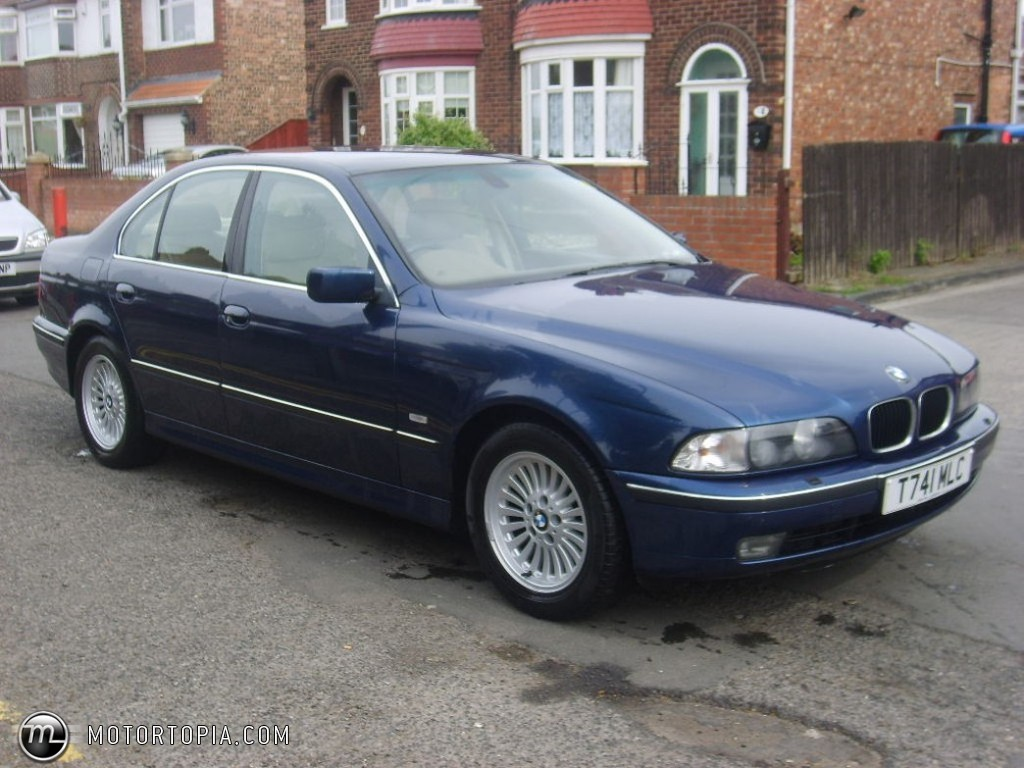 BMW 5 series 523i 1999 photo - 8