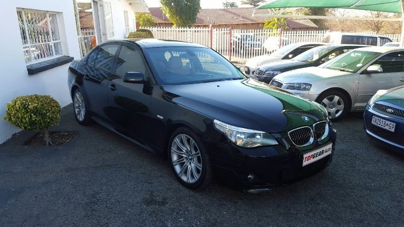 BMW 5 series 523i 2006 photo - 6