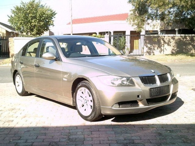 BMW 5 series 523i 2006 photo - 9
