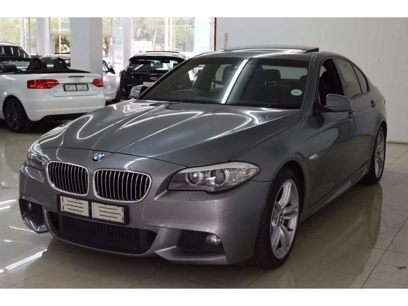BMW 5 series 523i 2011 photo - 8